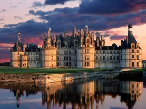Chateau_de_Chambord_Castle,_Loire_Valley,_France